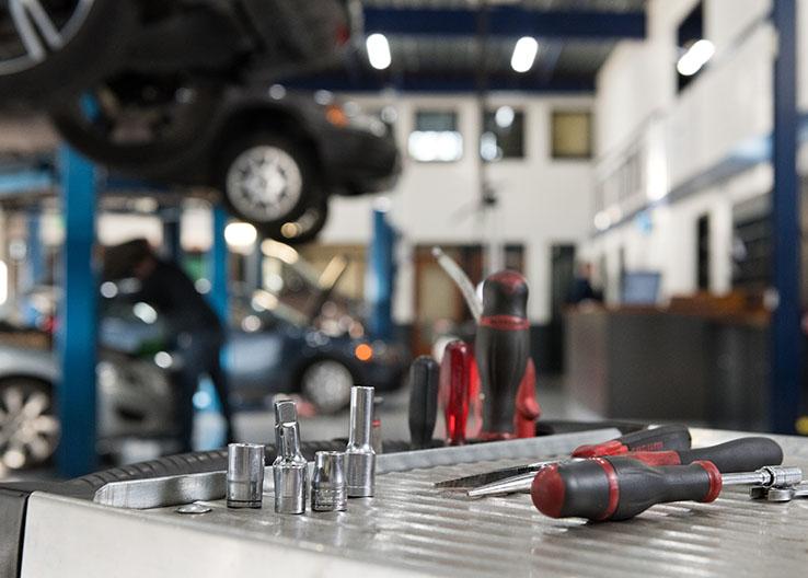 Autogarage Deurne gereedschap Volvo